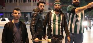 Yıllar sonra gelen 3. lig binlerce Kırşehirliyi sokağa döktü Takım otobüsü taraftarın yolu kapatması nedeniyle saatlerce şehir merkezine giremedi