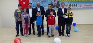 Simav'da 'Yetim Dayanışma Günü' etkinlikleri İnsani Yardım Vakfı Simav Temsilciliği tarafından 2'inci 'Yetim Dayanışma Günü ' etkinlikleri düzenlendi