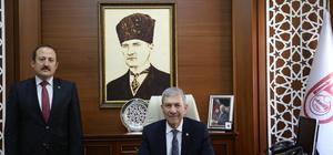 """""""Türkiye bölgeye huzurun, barışın gelmesi için gayret eden güçlü bir ülkedir"""""""