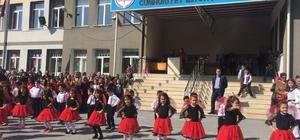Mehmet Sepici 60. Yıl Cumhuriyet İlkokulu'nda 23 Nisan Coşkusu