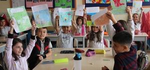 Türk ve Avrupalı minikler arasında 'masal paylaşımı' Hem Türk hem de Avrupa masallarını öğreniyorlar Miniklerin İngilizceye merakı masallarla artıyor