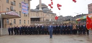 Yüksekova'da gökyüzü balonlarla süslendi