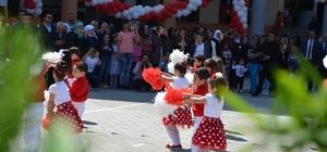 Kilis'te Türk ve Suriyeli çocuklar 23 Nisan bayramını kutladı