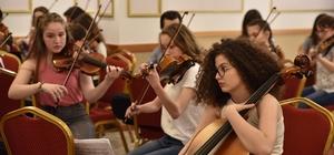 Çocuk Senfoni Orkestrası Tiran'da