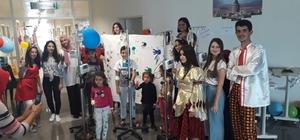 Alanya'da çocuklara 23 Nisan sürprizi