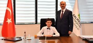 Büyükşehir Belediyesi'nde başkanlık çocuklarda Başkanın ilk emri basket sahası tamiratı