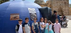 23 Nisan'da çocuklara uzay küresi ve teleskop sürprizi