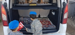 Mardin'de çocuklar araç ve kimlik kontrolü yaptı