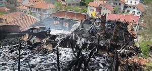 Yangında şehidin kıyafetlerinin yanmaması annesini sevindirdi