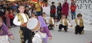 Çocuklar 23 Nisan'ı Park Afyon'da kutladı