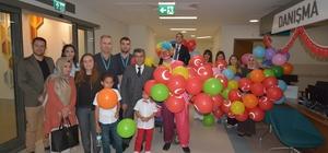 Adana Şehir Hastanesi yönetimi minik hastalarını unutmadı