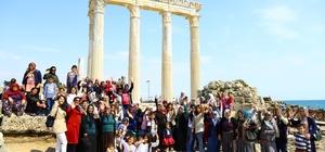 15 günde bin 12 kadın Manavgat'ı gezdi