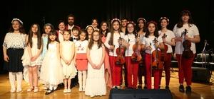 Çocuklardan 23 Nisan konseri