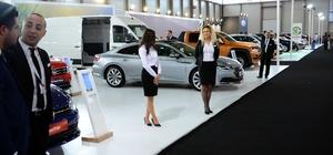 Çukurova Otoshow Fuarı açıldı 3 otomobil markası, bazı modellerini ilk kez Çukurova Otoshow Fuarı'nda görücüye çıkardı