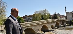 Tarihi Taş-Köprü'nün restorasyonu başladı