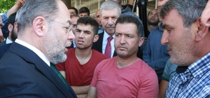 Başbakan Yardımcısı Akdağ depremzedeleri ziyaret etti