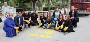 Duyarsız sürücülere karşı 'Yoluma Engel Olma' projesi Manisa'nın Yunusemre ilçesinde engelliler için 'Yoluma Engel Olma' projesi başlatıldı