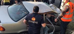 İtfaiye eri acı haberi veremedi Zonguldak'ın Alaplı ilçesinde meydana gelen trafik kazasında 2 kişi öldü, 1 kişi yaralandı