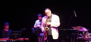Gilad Atzmon, konser verdi