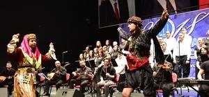 Türk Halk Müziği Korosu'ndan muhteşem konser