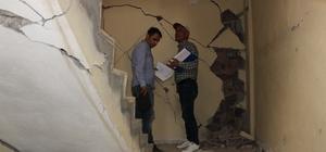 """Samsat'ta yapıların ön hasar tespiti yapıldı İlçe ve köylerde 267 konutun hasar gördüğü belirlendi Adıyaman Valisi Nurullah Naci Kalkancı: """"Ön hasar tespiti bitti, kesin hasar tespitini 2 gün içerisinde yapacağız"""""""