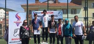 Bozüyük'te ortaokullar arasında bilek güreşi turnuvası