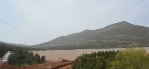 Tavas Kızılca Göleti ile bin 620 dekar zirai alan suyla buluşacak