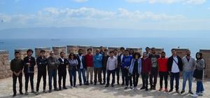 Genç İMO üyeleri, Körfez'in dev projelerini gezdi