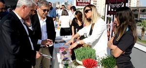 Mersin GİAD üyelerinden kartvizit alışveriş etkinliği