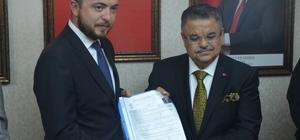 Belediye Başkanı Yağcı istifa ederek milletvekili aday adaylığı resmi başvurusunu yaptı