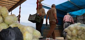 Hatay esnafından Suriyelilere yardım