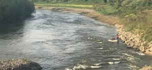 Otomobilini Sakarya Nehri'ne attığı iddiası