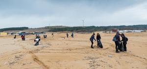 Akyatan Kumsalı temizliği için gönüllülere çağrı WWF Türkiye, yeşil deniz kaplumbağalarının yuvalama alanlarından Adana'nın Karataş ilçesindeki Akyatan Kumsalı'nda 30 Nisan Pazartesi günü yapacakları temizlik çalışmasına gönüllüleri davet etti