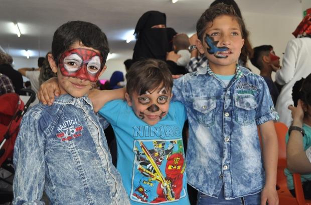 Dünya çocukları Için El Ele Olma Vakti ülkemize Sığınan Aileler Ve