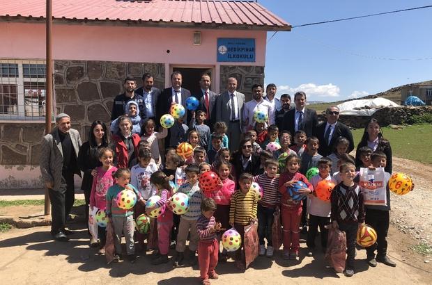 VEDAŞ, köy çocuklarını sevindirdi