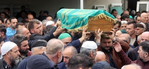 Balkondan düşüp ölen Hasan bebek toprağa verildi