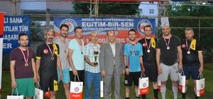 Kardelen Futbol Turnuvası sona erdi Turnuvada, Doğankent Ümmügülsüm Hilmi Cananoğlu Ortaokulu şampiyon oldu