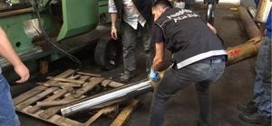 Pistonlarda 350 bin uyuşturucu hap ele geçirildi Adana'da durdurulan bir kamyonda 13 piston içinde 350 bin uyuşturucu hap ele geçirilirken, 1 kişi gözaltına alındı