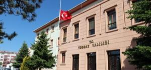 Yozgat'ta bayraklar yarıya indirildi