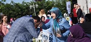 Başkan Ayaz, Anneler Günü'nde Başiskeleli anneler ile bir araya geldi