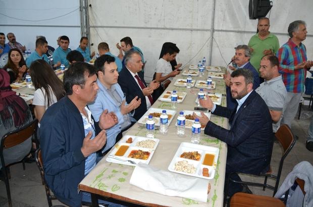 Sertaş Karakaş ilk iftarını vatandaşlarla birlikte açtı