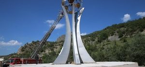 Tokat-Sivas karayolu üzerine şehitler anıtı