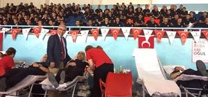 Polis adayları kan bağışında bulundu