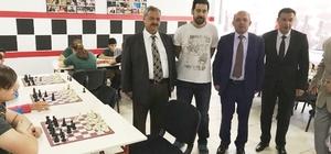 Burhaniye'de satranç ve akıl oyunları sınıfı açıldı