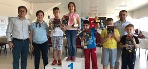134 sporcunun katıldığı satranç turnuvası sona erdi
