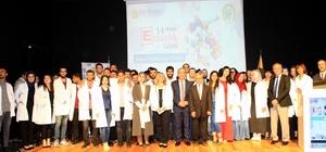 Eczacılık Fakültesi öğrencileri, Eczacılık Gününde beyaz önlüklerini giydi