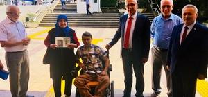 İki engelli vatandaş akülü sandalyesine kavuştu