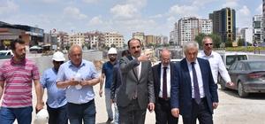 Başkan Altay, yapımı devam eden köprülü kavşakları inceledi
