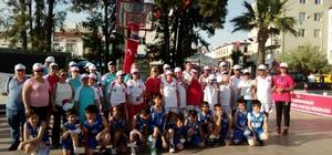 Ayvalık'ın sevgilisi Müjdat Kurt için sokak basketbol turnuvası bu yıl 2. kez düzenlendi