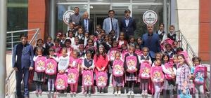 Hakkari Ensar Vakfından eğitime destek